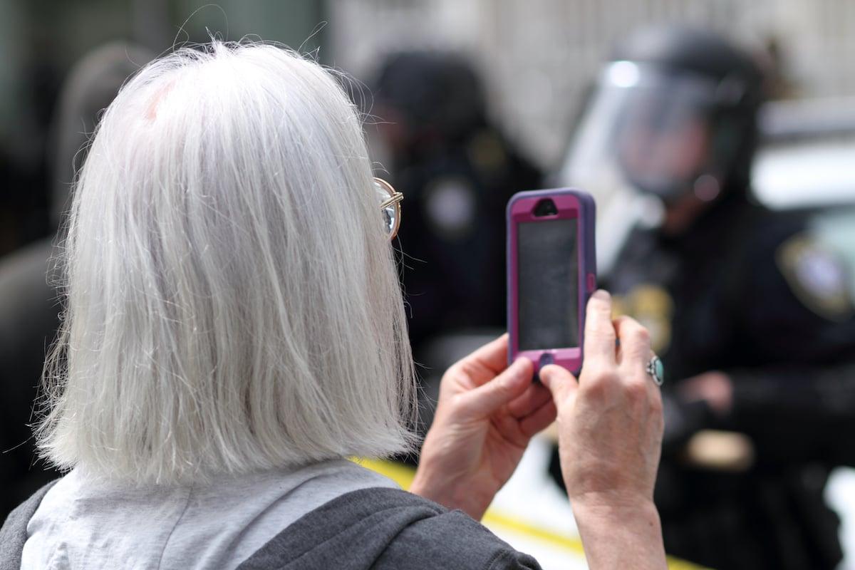 4 Steps to Managing Social Media Risks in Law Enforcement